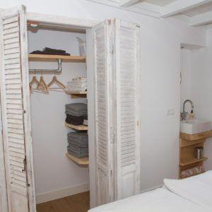 beachhouse-soute-accommodatie-tweepersoonskamer-achter-kast